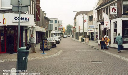 Langstraat in de richting van Meuleneind 1985-1995