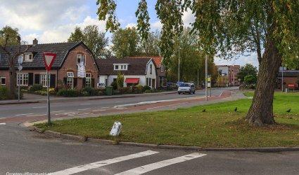 Heden, 2014 - Tegenwoordig de van Dompselaerstraat. Middenachter de Bijeberg. - Barneveld